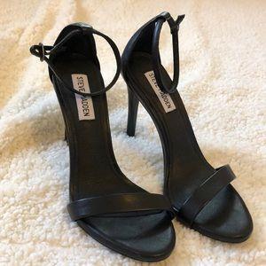 {Steve Madden} Black ankle strap heels NWOT
